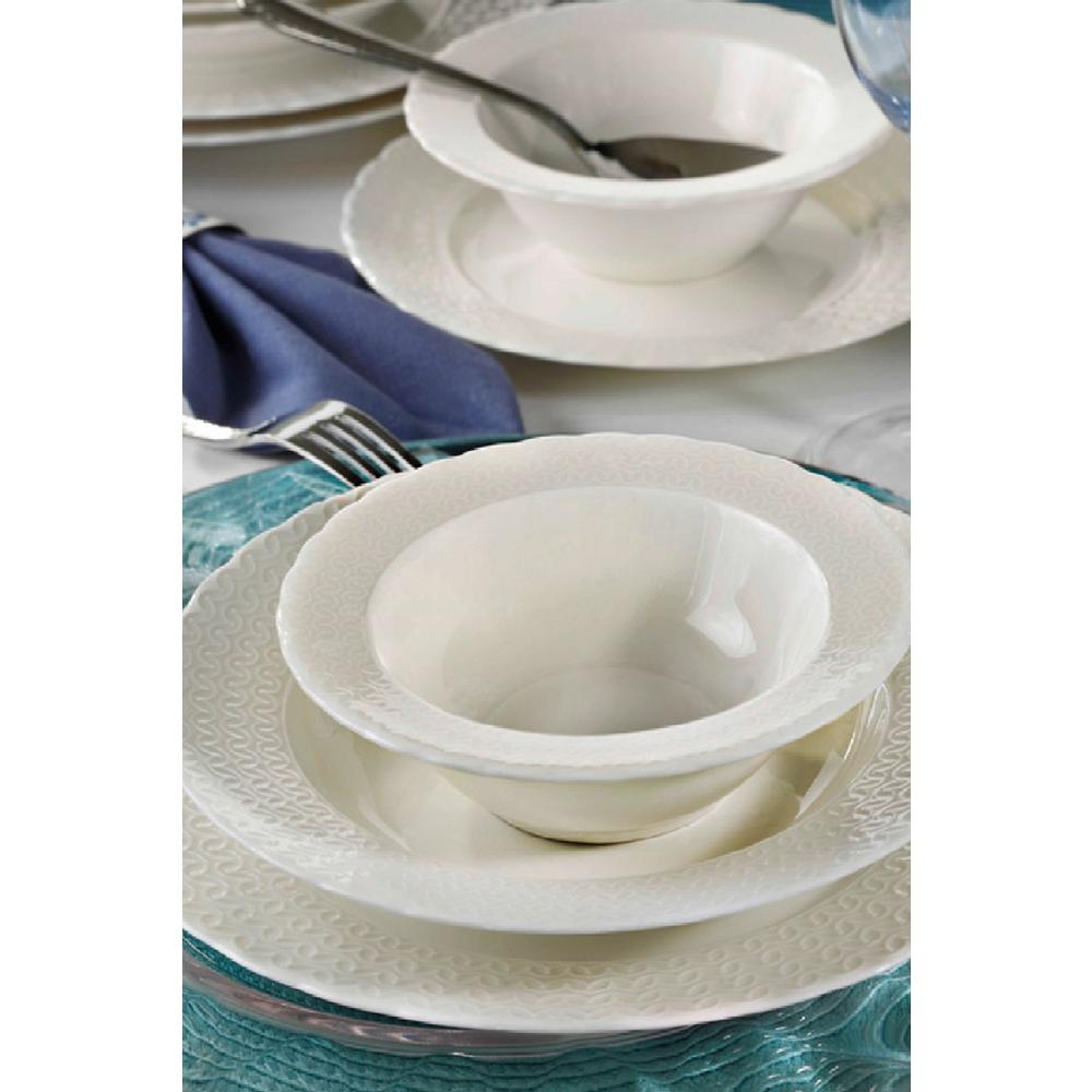 Kare-üçgen-minik-desenli-porselen-yemek-takım-örnekleri