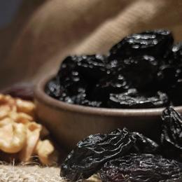 Baharatgiller 250 gr Birecik Karası Çekirdekli Siyah Kuru Üzüm