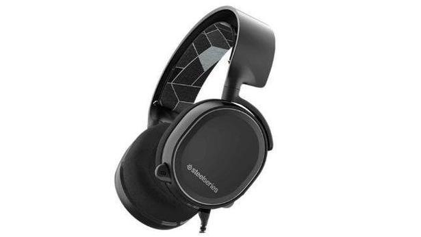 Steelseries Arctis 3 7.1 Oyuncu Kulaklık İncelemesi